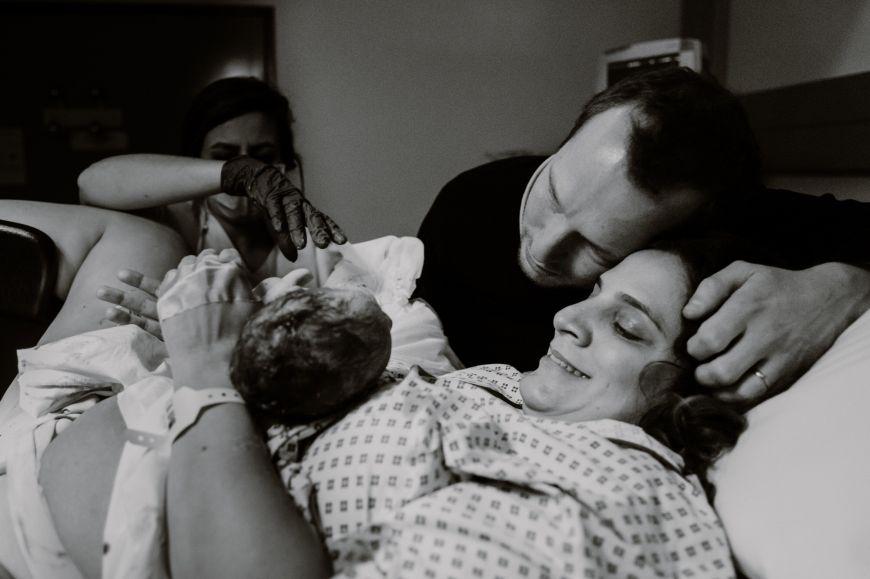 Le moment intime de Caro & JM    Reportage d'accouchement en maternité