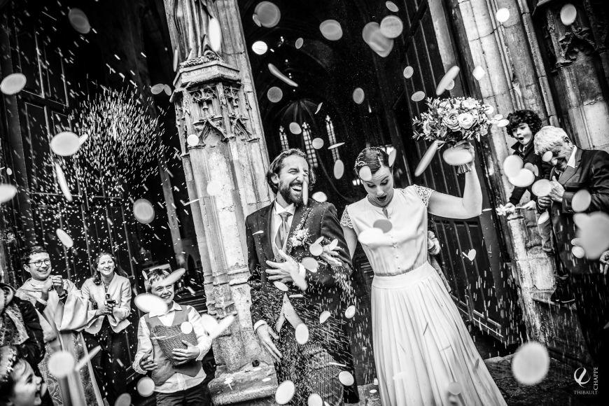 Photo de mariage et sortie de cérémonie : un moment simple ... en apparence !