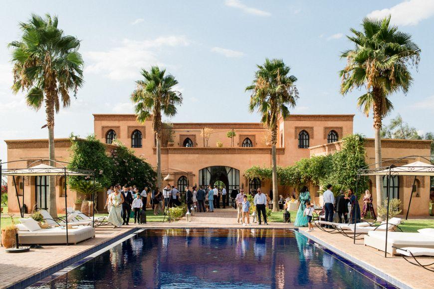 Un magnifique lieu pour un mariage traditionnel au Maroc ! Photo @Sylvain Bouzat  Trouver votre photographe professionnel sur regardauteur.com   #mariage #wedding #jourj #traditionnel #marocain #maroc #lieu #famille #photographie #photography #photographe #regardauteur
