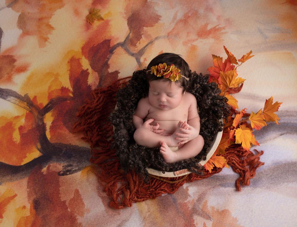 photo naissance bébé automnal