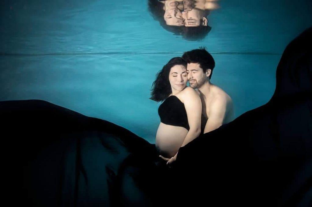shooting photo grossesse sous l'eau
