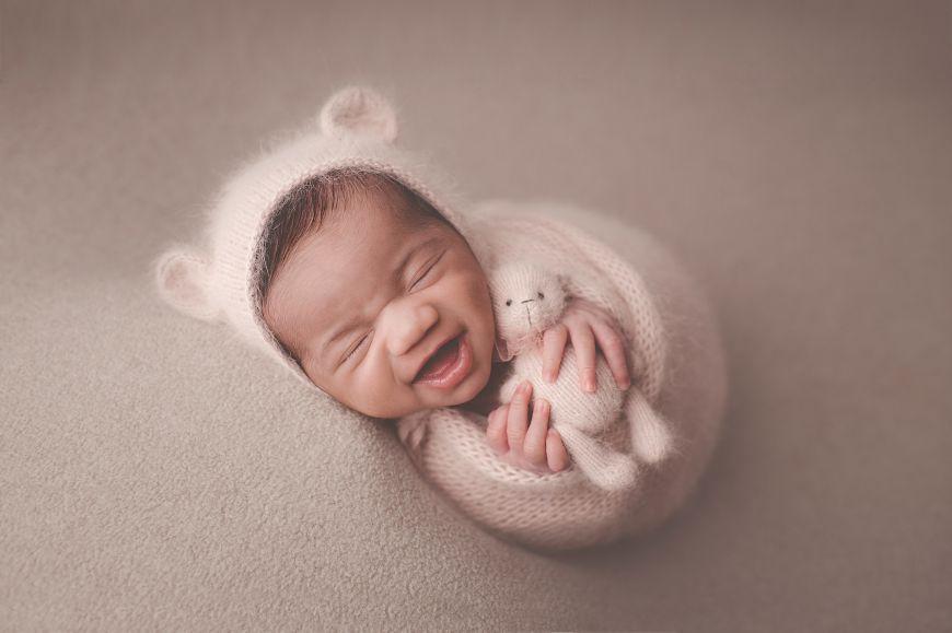portrait enfant bébé rose