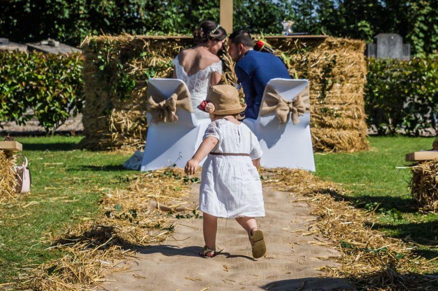 Réussir ses photos de mariage avec des enfants