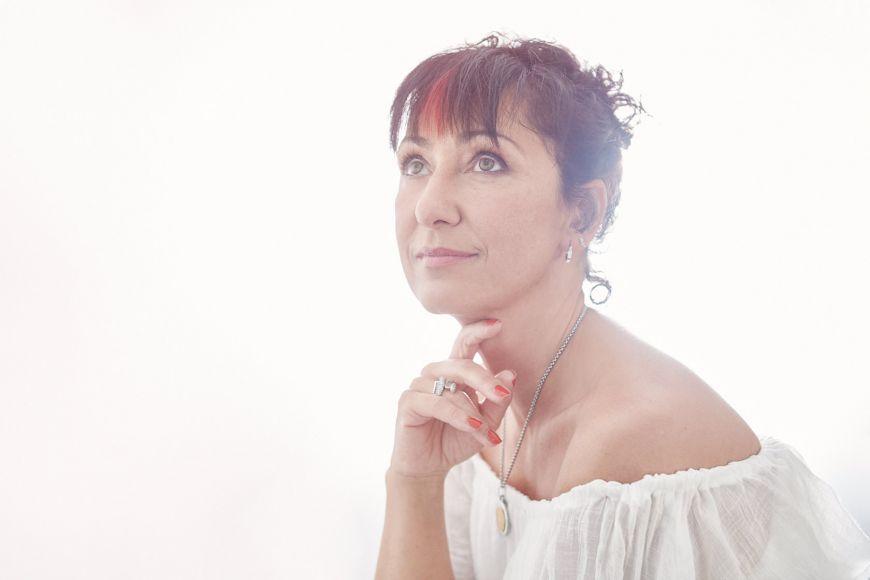Photographe-mariage-regardauteur-Perdriel-Milena Marlene-portarit-femme-famille-Paris